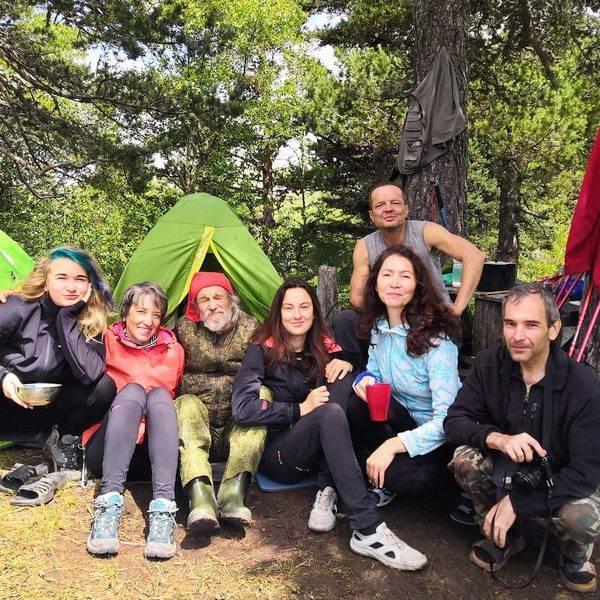 Туристы в лагере, поход на Ачешбок и Большой Тхач