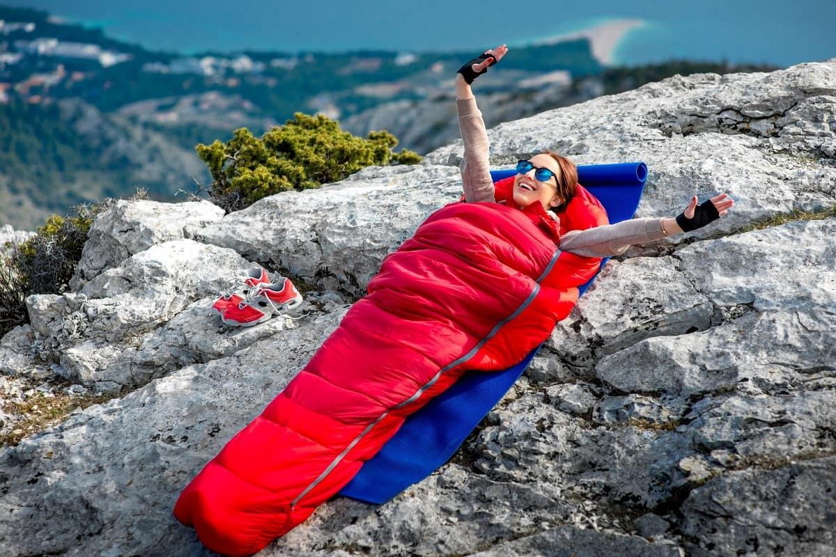 Как выбрать спальник для похода