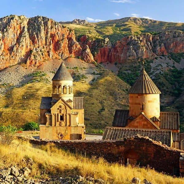 Храмы и монастыри Армении