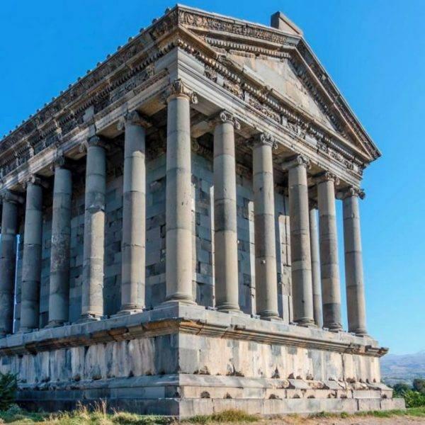 Язычерский храм в Гарни