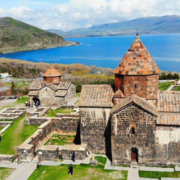 Монастырь Севанаванк в Армении