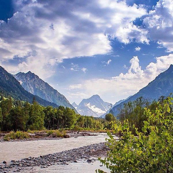 Река Аксаут