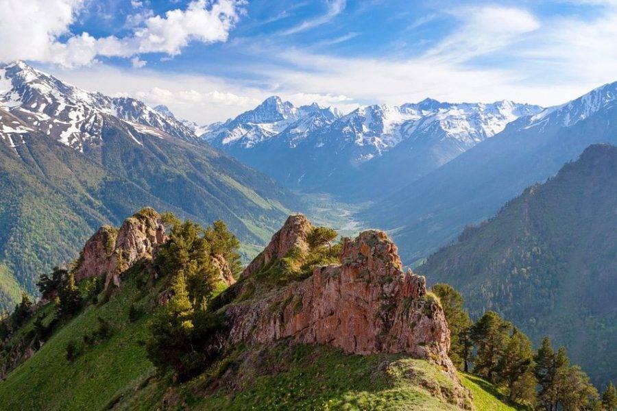 Походы без рюкзаков «Лагерь в горах Кавказа»