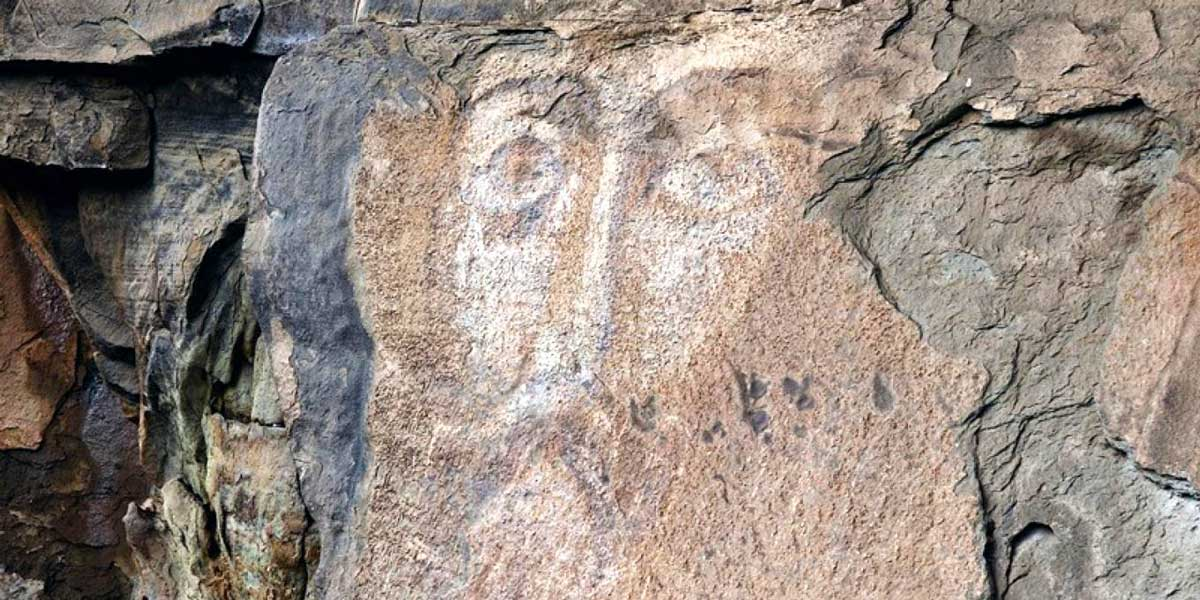 Лик Христа на скале в Архызе