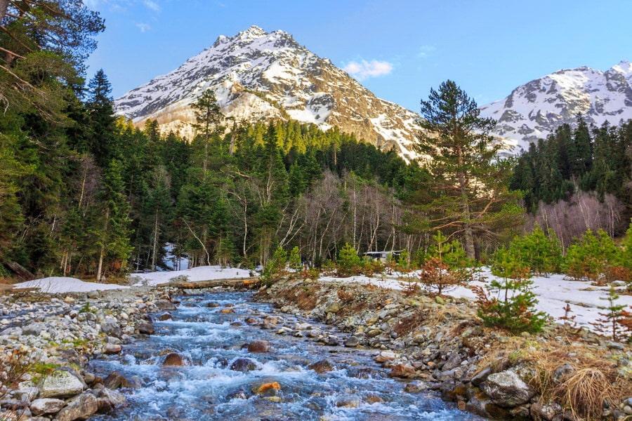 Волшебство весны Кавказа