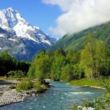 Волшебство весны Кавказа в Архызе